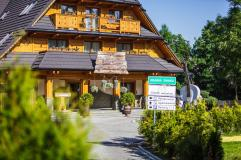 https://www.booking.com/hotel/pl/kraina-smaku-zakopane.pl.html